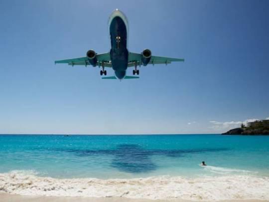 Avião Caribe