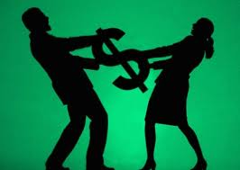 casal briga paor dinheiro